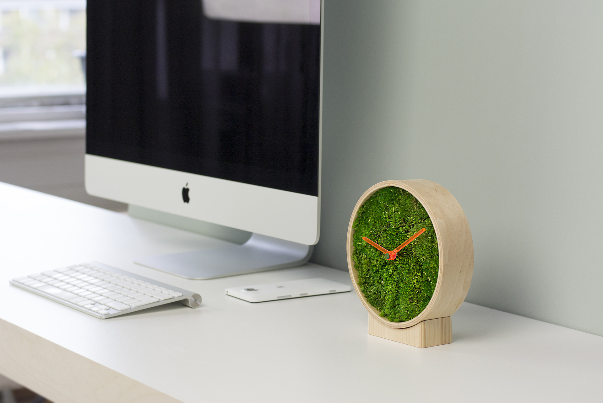 moss, wood, clock, table clock, green, design, art, architecture, interior design